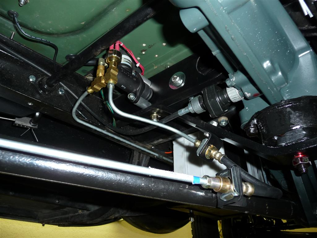 Here s the remote reservoir in the trunk